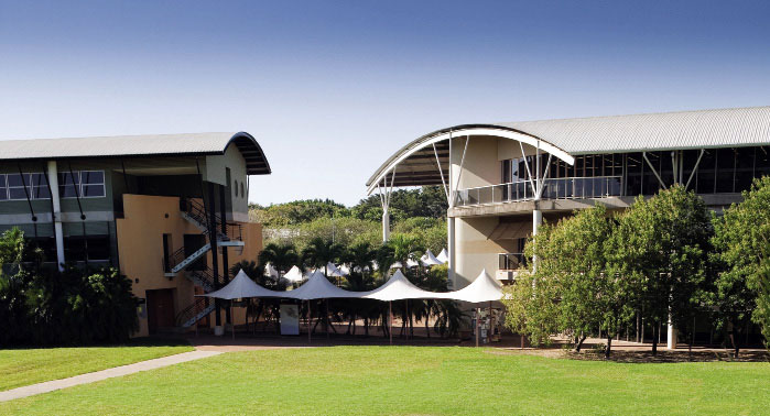 Học bổng 50% Đại học Charles Darwin